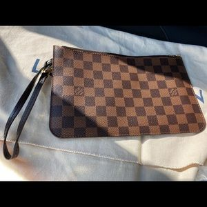 SOLD!! Authentic Louis Vuitton Neverfull MM Pouch